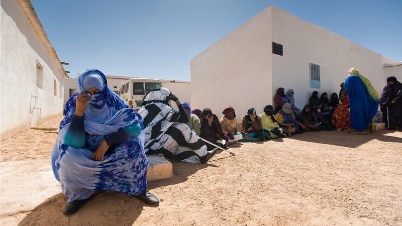بؤر كورونا تجتاح مخيمات تندوف بالجزائر.. ووضعية الحجر الصحي الكارثية تصل العالم