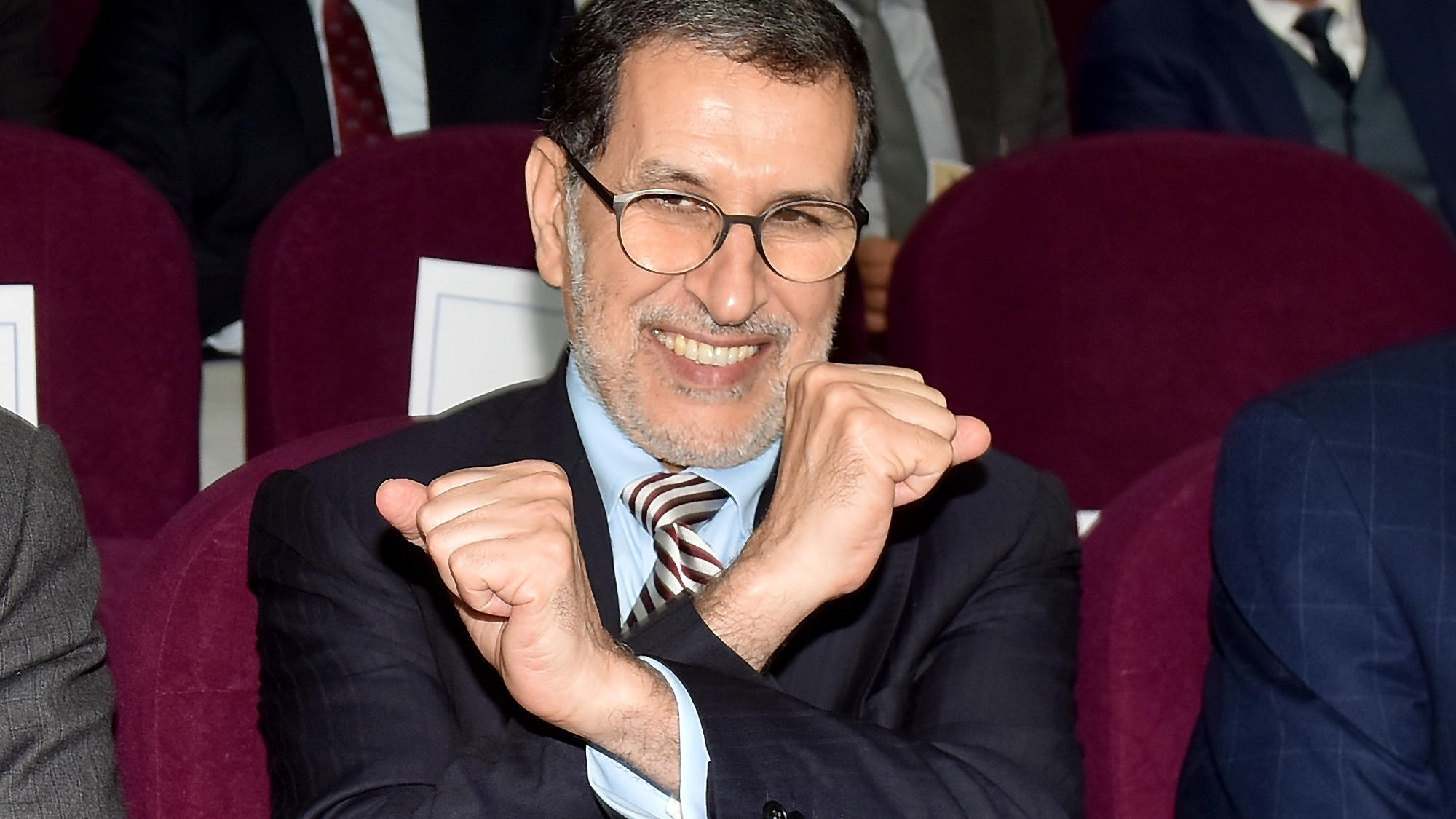 بالفيديو.. فرنسية رئيس الحكومة تثير السخرية.. ومغاربة: 'فرنساوي ذا يا العثماني'