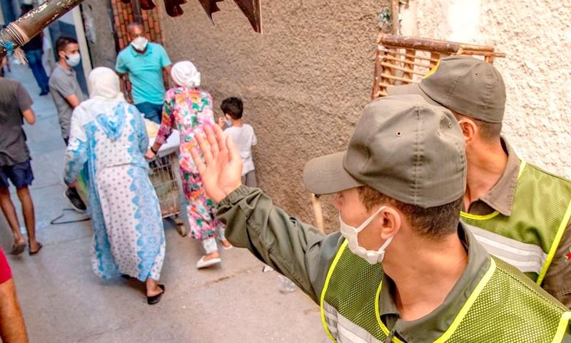 وزير الصحة: بؤر كورونا العائلية والمهنية ارتفعت مؤخرا.. الوضع مقلق لكنه غير منفلت!