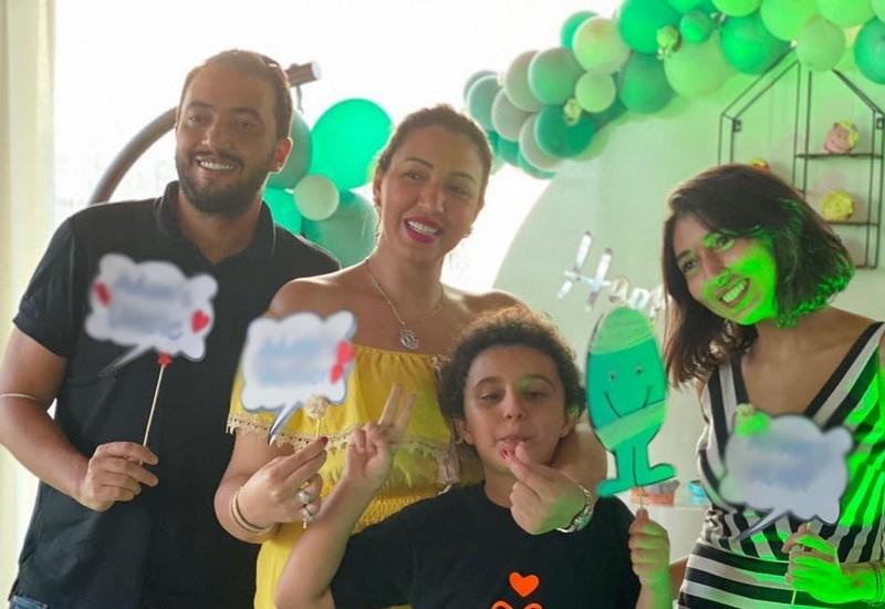 تتويج الرجاء بالدوري يقسم الفنانين المغاربة.. وأسماء لمنور: مبروك علينا!