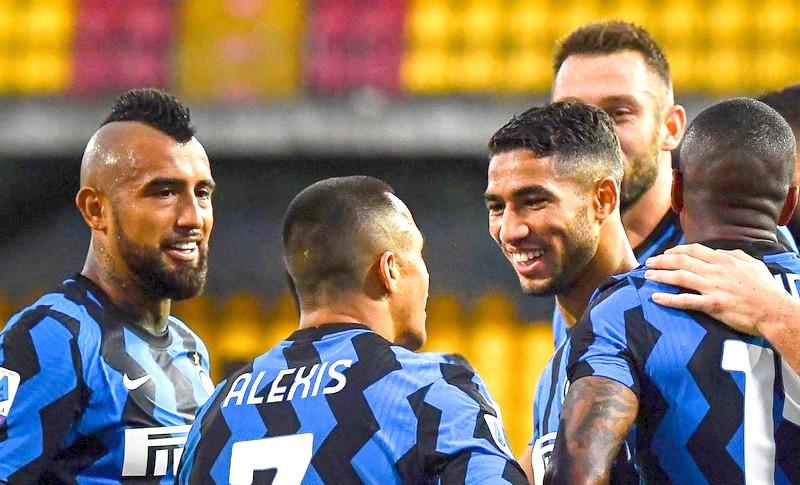 الصحافة الإيطالية: حكيمي من كبار اللاعبين.. و'الأنتر' يعتمد عليه لتحقيق أي انتصار