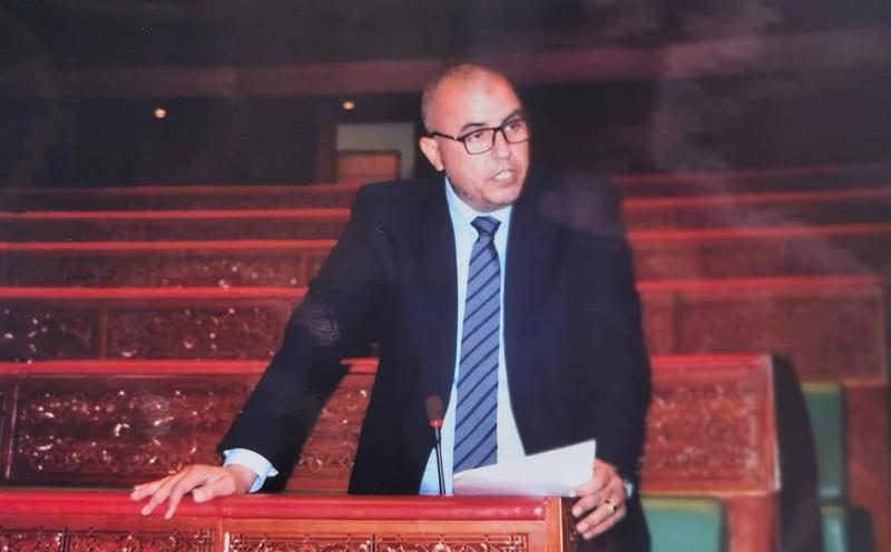 مستشار الـRNI أدعي: ينبغي إلغاء تقاعد كل البرلمانيين والوزراء