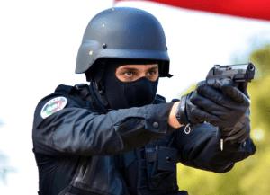 سطات. الرصاص لتوقيف 3 مروجي المخدرات هاجموا الشرطة بالأسلحة البيضاء