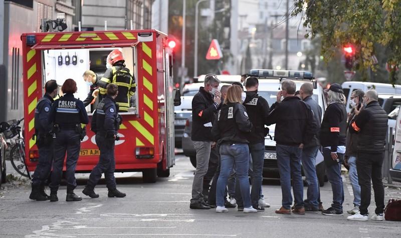 كيبيك. مسلح بسيف يقتل شخصين ويصيب 5 آخرين.. والشرطة تدعو الساكنة لإقفال المنازل