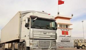هذا ما قاله أول سائق شاحنة يعبر معبر الكركرات بعد تأمينه من قبل الجيش المغربي