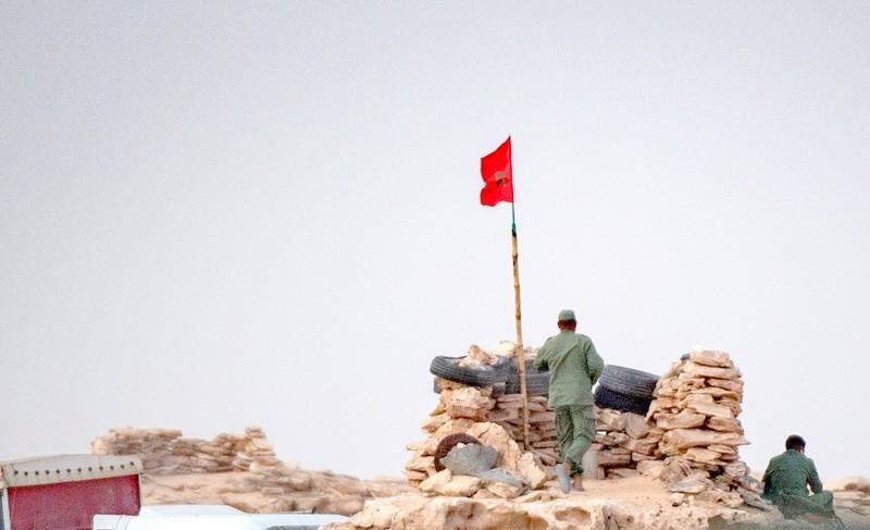 تونس. الجالية المغربية تقدم دعمها المطلق لتدخل القوات المسلحة لتأمين معبر الكركرات