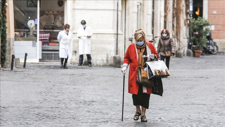 خوفاً من حدوث موجة ثالثة من كورونا.. إيطاليا تعيد فرض الحجر الصحي الشامل