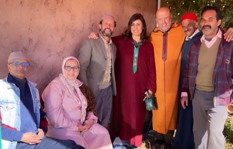 في أجواء البرد.. نخبة من الفنانين تصور 'الراقص' في بادية مغربية