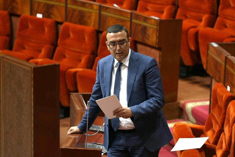 'الوزير الأعجوبة' يماطل في الاعلان عن نتائج انتخابات الأجراء ونقابة تنتفض ضده
