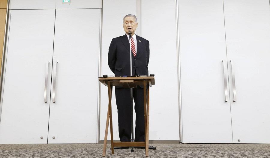 """""""ثرثرة النساء أمر مزعج"""" تطيح برئيس لجنة أولمبياد طوكيو من منصبه"""