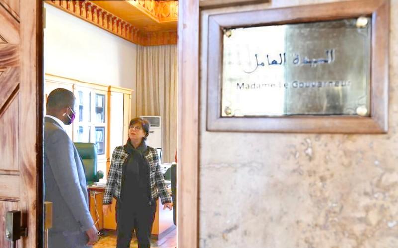القنصل الأمريكي يثني بالدارجة على مسؤولة مغربية: خديجة بنشويخ رائدة و'مرا وقادة'