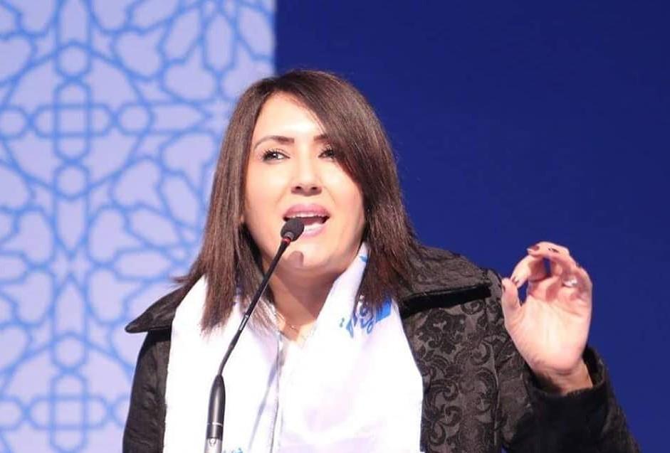 البرلمانية 'مولات عوشرين دقيقة' تخرج عن صمتها: الفيديو مفبرك أنتجته عقلية ذكورية متخلفة