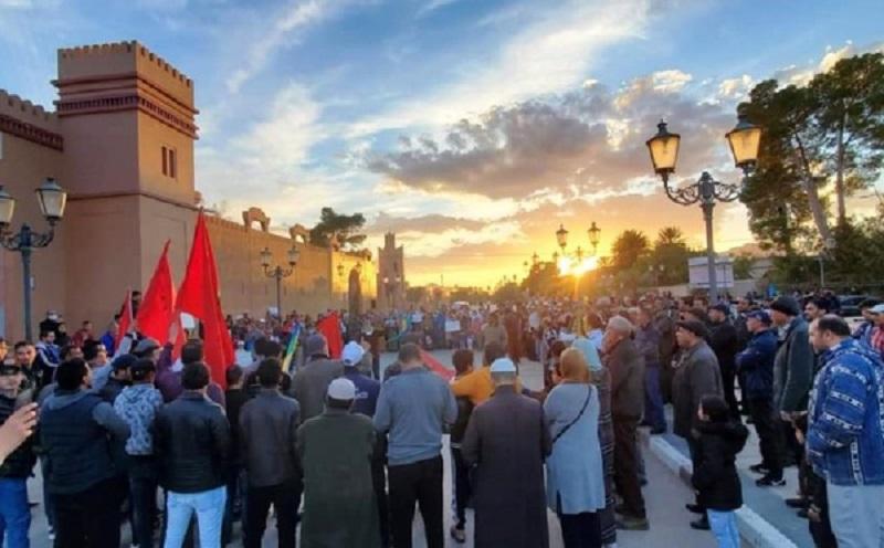 فكيك. منع الجيش الجزائري لمزارعين مغاربة بالعرجة.. وزارة الداخلية: قرار ظرفي ومؤقت!