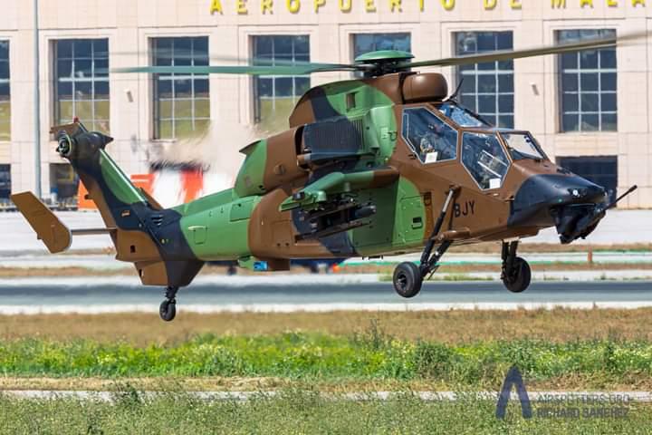 """طائرات عسكرية فرنسية تصل المغرب استعدادا لمناورات """"الأسد الافريقي 21"""""""