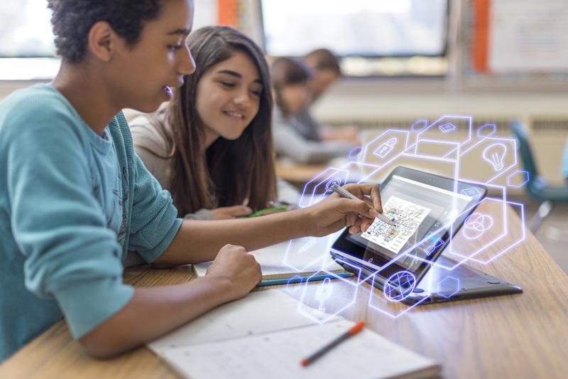 "HP تطلق برنامج ""المدارس المتقدّمة رقمياً"" في المغرب"