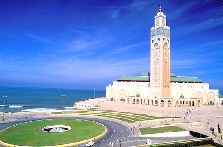 بعد الأوامر الملكية بإعادة فتحها.. تعرف على الجدولة الزمنية لفتح المساجد المغلقة