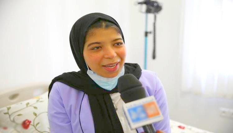 حنان العاتي.. تلميذة مثابرة تحدت ألم السرطان ونالت الباكالوريا من سرير المستشفى