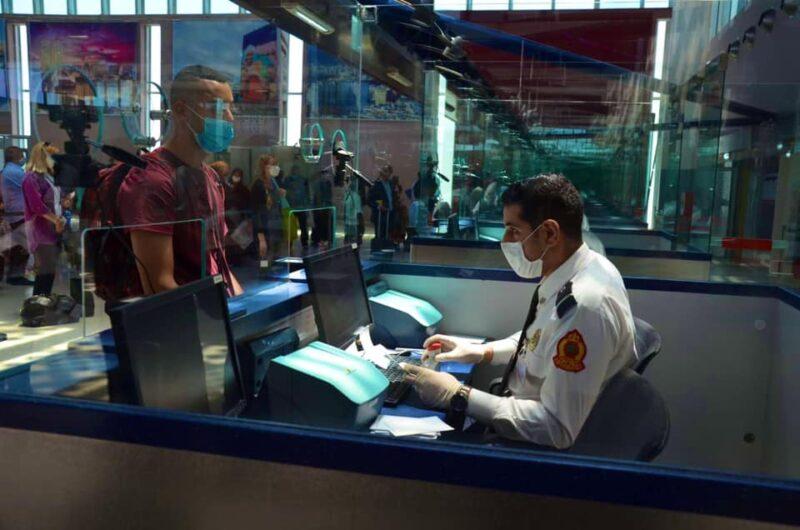 تزوير شهادة اختبار الكشف عن كورونا يطيح بطالب في مطار وجدة أنجاد