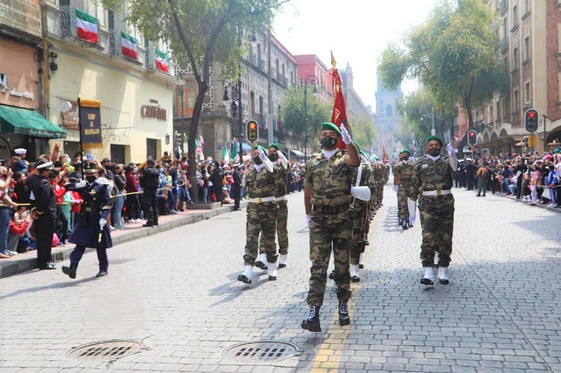 تجريدة عسكرية مغربية تشارك في الذكرى المئوية الثانية لاستقلال المكسيك