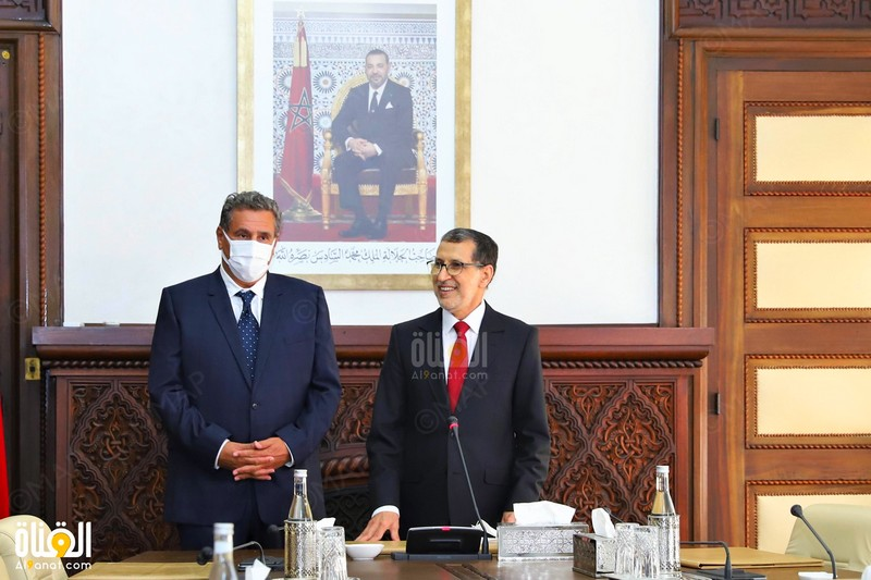 حفل تسليم السلط بين العثماني وأخنوش.. والأخير ينوه بالأجواء الجدية في الحكومة السابقة