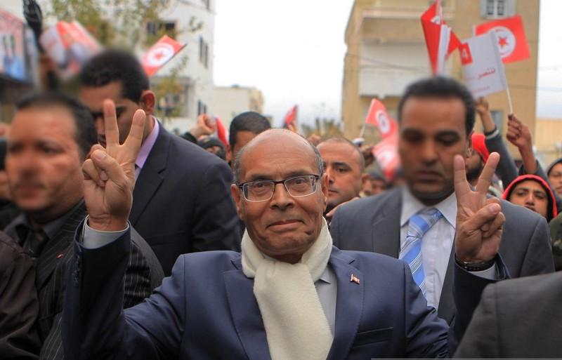تحدث عن المغرب ودعا لتدخل ماكرون في تونس.. مطالبات بسحب 'باسبور' منصف المرزوقي