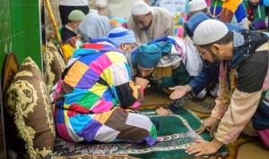 """لأول مرة منذ كورونا.. آلاف من """"الطريقة الكركرية"""" يحتفلون في المغرب"""
