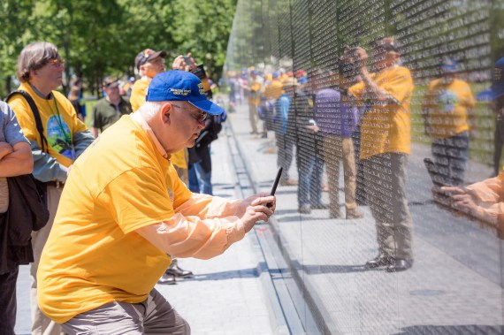 The Tuscaloosa Rotary Club allowed Vietnam veterans the chance to see the Vietnam War Memorial. (Simo Ahmadi/Alabama NewsCenter)