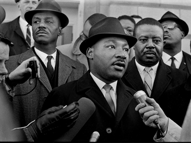 Civil rights leaders, including Rev. Fred Shuttlesworth (left), join Dr. King. (file)