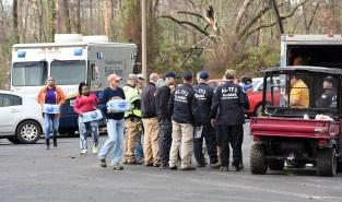 Emergency workers in Jacksonville. (Wynter Byrd / Alabama NewsCenter)