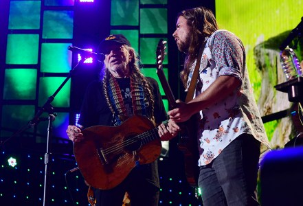 Willie Nelson and Lukas Nelson perform during Farm Aid on September 2017 in Burgettstown, Pennsylvania. (Photo by Matt Kincaid/Getty Images)
