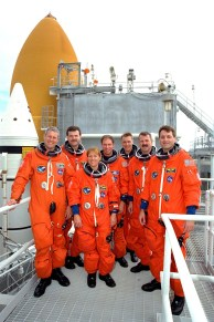 """Members of the STS-90 crew participate in Terminal Countdown Demonstration Test (TCDT) activities. The STS-90 crew members are, from left to right, Payload Specialist Jay Buckey, M.D., Pilot Scott Altman, Mission Specialist Kathryn """"Kay"""" Hire, Commander Richard Searfoss, Payload Specialist James Pawelczyk, Ph.D., Mission Specialist Dafydd """"Dave"""" Williams with the Canadian Space Agency, and Mission Specialist Richard Linnehan, D.V.M. (NASA)"""
