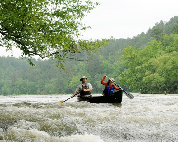 Canoers enjoying Alabama's longest free-flowing river, the Cahaba, at Cahaba River National Wildlife Refuge. (Garry Tucker/U.S. Fish and Wildlife Service)