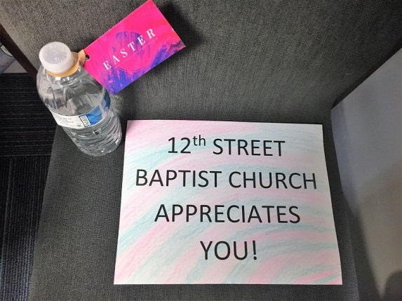 A church shows its appreciation to Alabama Power linemen who worked to remove hazards and restore power quickly after the March 2018 tornado in east Alabama. (file)