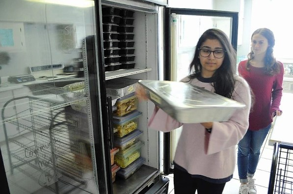 Students with Campus Kitchen Project at Auburn University pivoted after the deadly tornadoes to feed survivors and volunteers. (Karim Shamsi-Basha / Alabama NewsCenter)