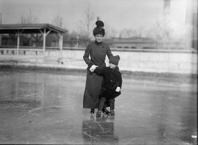 Mrs. Richmond Pearson Hobson and Richmond Pearson Hobson Jr., c. 1909-1919. (Library of Congress, Prints and Photographs Division)