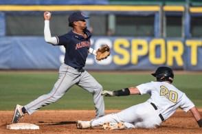 Auburn and Vanderbilt play during this year's SEC Baseball Tournament at the Hoover Met. (Wade Rackley/Auburn Athletics)