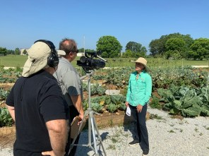 """Alabama Public Television """"Spotlight on Agriculture"""" cinematographer Gary Brown and producer Mike Ousley interview Kerry Smith, state Master Gardeners program coordinator for Alabama Extension, about Harvest for Health, a cancer intervention program that has changed the lives of hundreds of Alabama residents. (Auburn University)"""