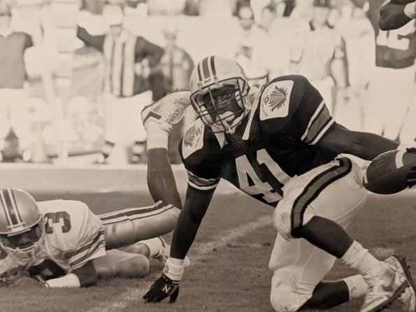 Former Auburn linebacker Quentin Riggins was presented the Walter Gilbert Award. (contributed)