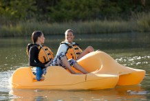 The marina at Oak Mountain State Park has canoe and pedal boat rentals available. (Getty Images)