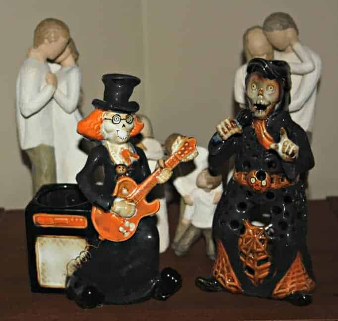 skeleton musicians