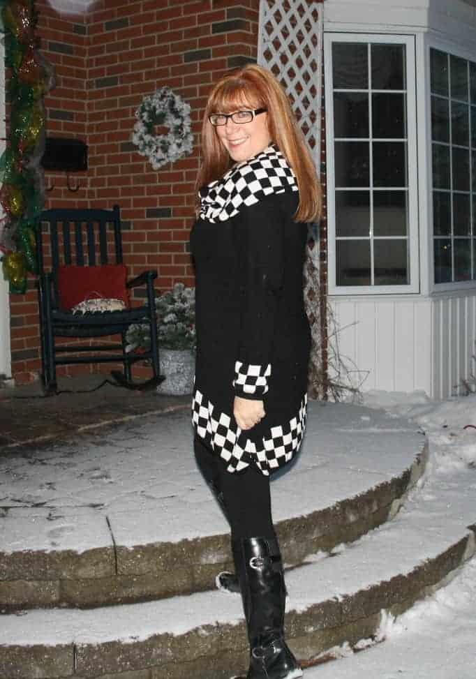 European style tunic black and white