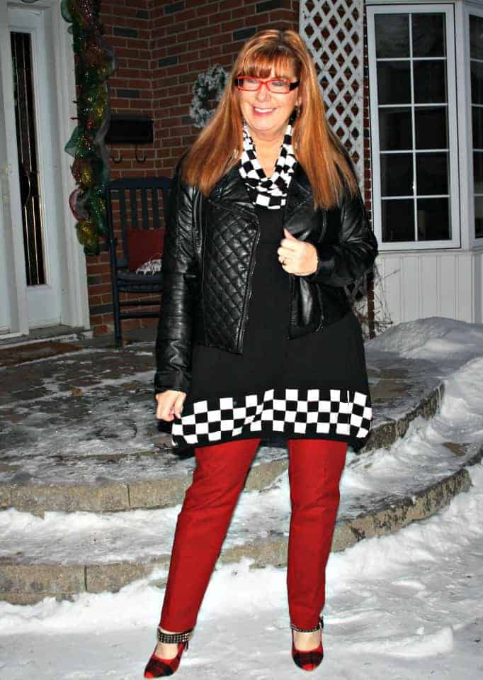 houndstooth tunic and red pants