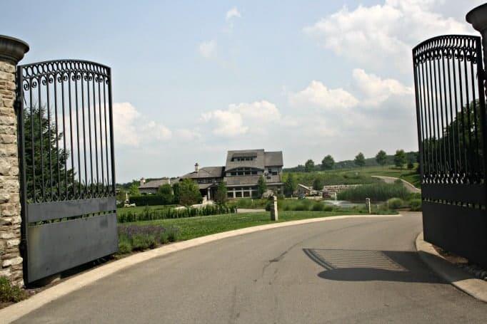 Tawse, through the gates