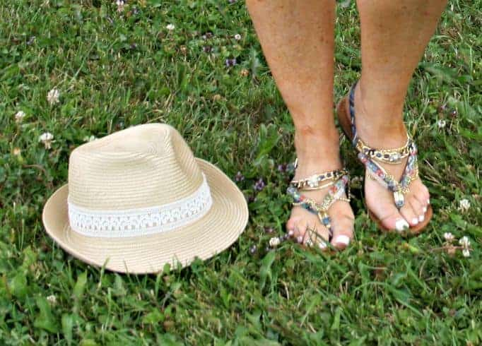 fedora and shoe dazzle sandals