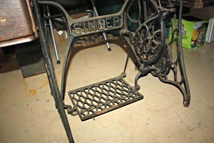 singer sewing machine metal frame