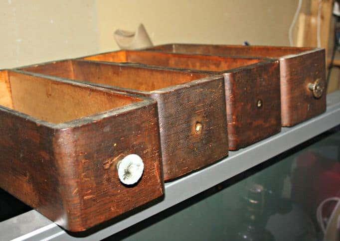 singer sewing machine drawers