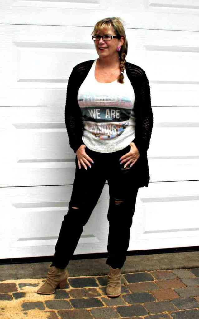 forever 21 distressed jeans and open weave sweater with rodeo boots
