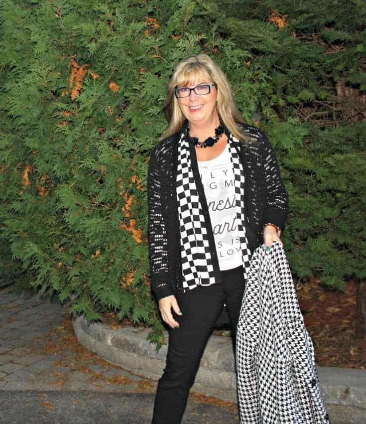 honest heart collective and houndstooth