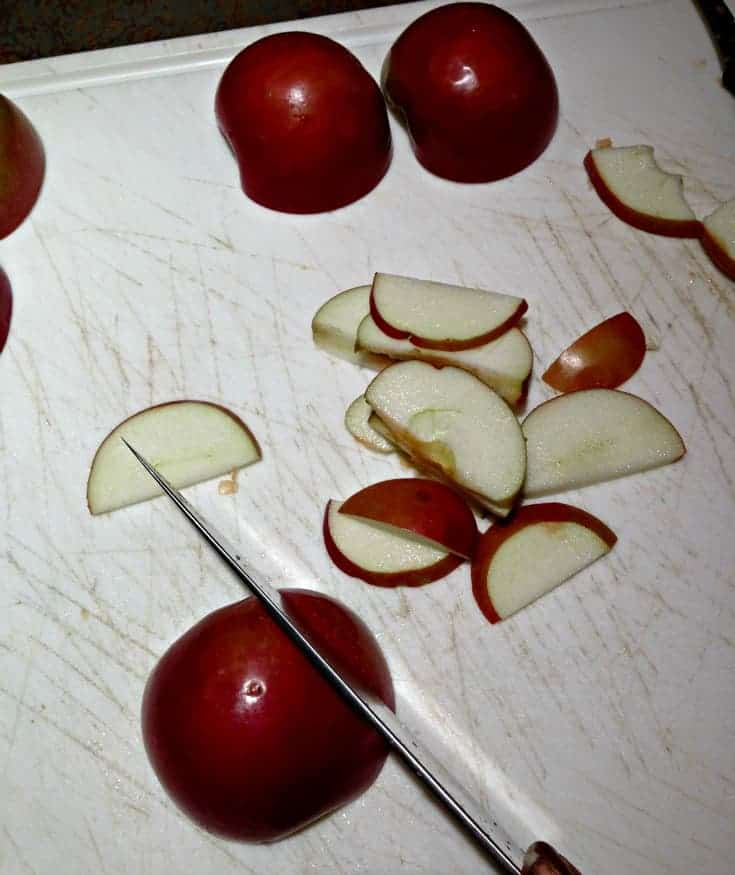 slicing apples for apple roses