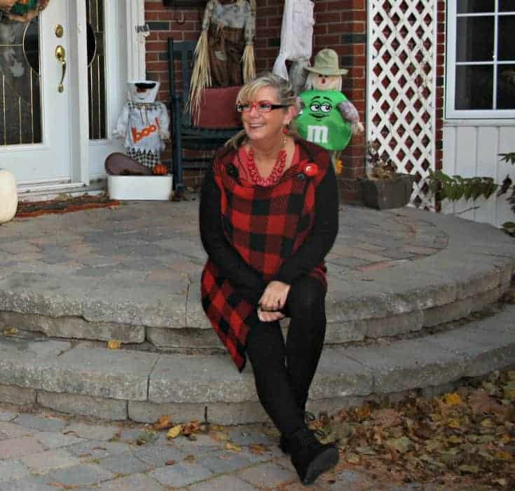 Red plaid skirt and sweater with Wedge boots and LNBF leggings